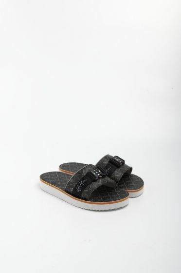 H8 black casino tech sandals 001